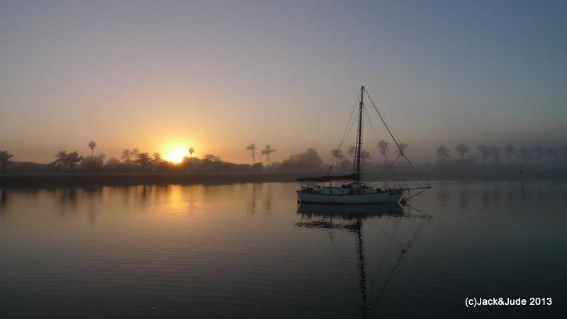 Dawn Mist at Carnarvon